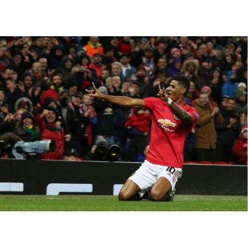 Martial Rushford breekt het doel, de generaals passeren Manchester United met 3-0 kwalificatie